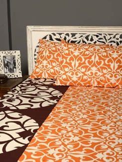Contemporary Print Double Bedsheet With 2 Pillow Covers - HOUSE THIS