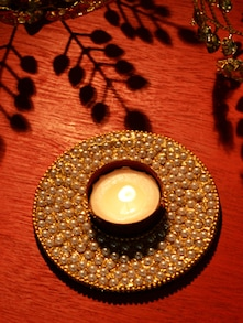 Pearl Floating Tea Light Candle Holder - Ambbi Collections