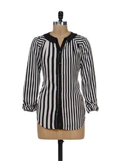 Trendy Black & White Striped Shirt - Remanika