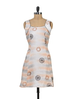 Sleeveless Printed Off White Kurti - Kapade