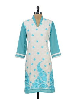 Sky Blue Kurta With Floral Embroidery - STRI