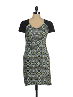 Chic Printed Dress With Short Sleeves - AND
