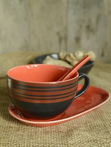Soup Mug With Oval Snack Plate And Spoon - Cultural Concepts
