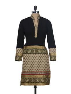 Stunning Woollen Kurta With Zari Work - Paislei