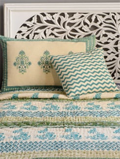 Jaipuri Quilt In Shades Of Green, Turquoise And Ecru - Cotton Curio