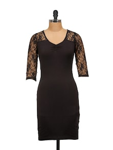 Black Lace Sleeves Dress - Harpa