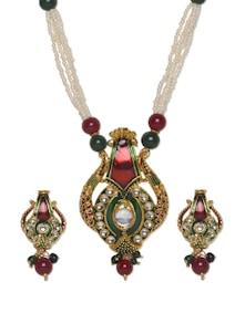 Pearl Strings Traditional Neckpiece With Earrings - Aradhyaa Jewel Arts