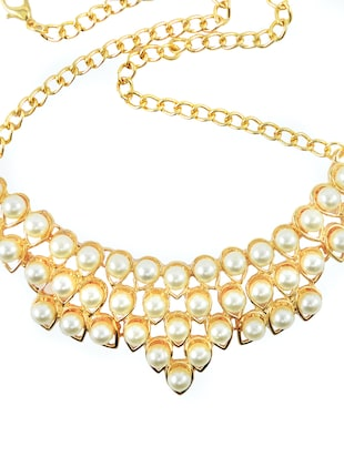 White Collar Pearl Necklace
