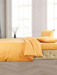 Luxe Mustard Bedsheet With Pillow Covers - Oxford