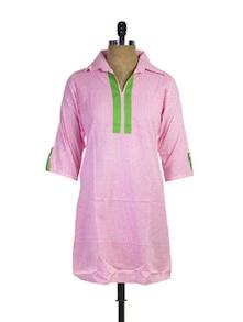 Printed Pink Cotton Kurti - Purab Paschim