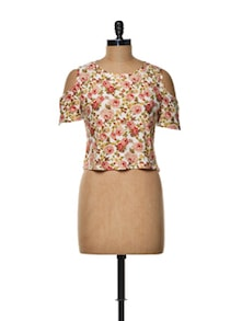Cut-out Sleeve Crop Top - TREND SHOP