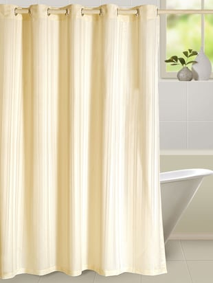 cream bathroom curtains