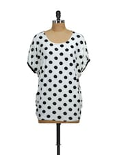 White And Black Polka Dots - Salt