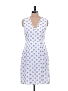 White And Blue Printed Polyester Dress - HERMOSEAR