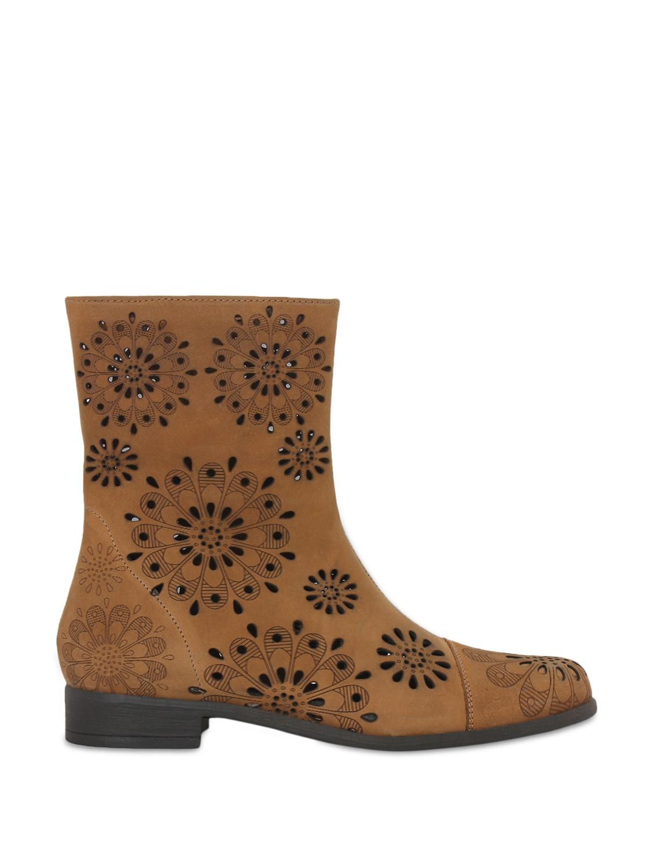 Brown Cutwork Boots - La Briza