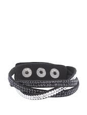 Black Leatherette Bracelet With Black And Silver Glass Fiber Beads - CIRCUZZ