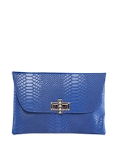 Blue Glossy Envelope Clutch With Snake Skin Texture - Moda
