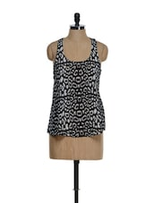 Black And White Printed Racer Back Top - La Zoire