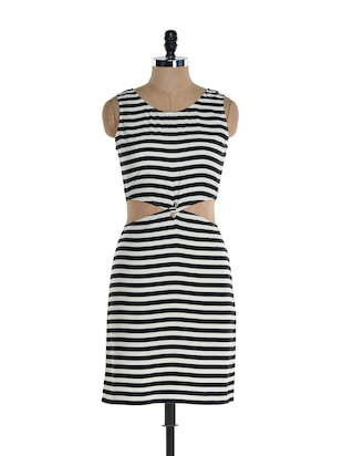 Striped monochrome waist cut dress