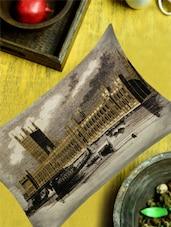 Taj Mahal Black & White Print Cushion Cover - 13 Odds - 909101