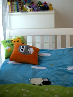 Sheep Applique Baby Quilt In Blue - Akshu