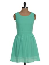 Fit And Flare Sleeveless Round Neck Dress - Jiiah