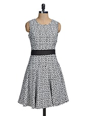 Black And White Printed Sleeveless Dress - Mishka