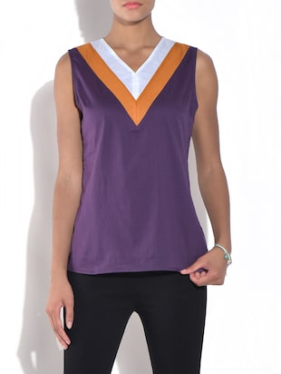 Purple v-neck sleeveless cotton top