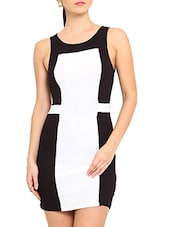 White And Black Color Blocked Sleeveless Dress - By