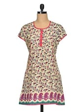 Floral Print Pin Tuck Short Sleeve Round Neck Cotton Kurti - Paislei