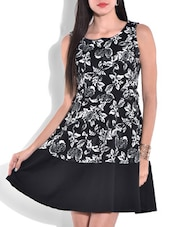 Black Floral Printed Sleeveless Dress - By