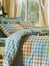 Multicolored Checkered Print Bed Linen With Pillow Covers - Skap