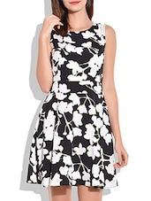 Black And White Floral Print Short Dress - By