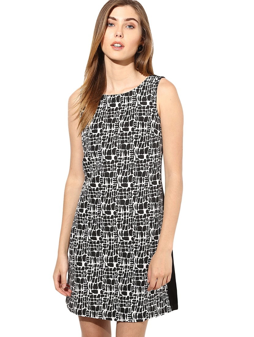 Black And White Printed Sleeveless Dress - By