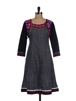 Black And White Printed Kurta With Quirky Thread Embroidery - Varenya