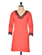 Knitted Red Dress With Lace Cuffs - Besiva