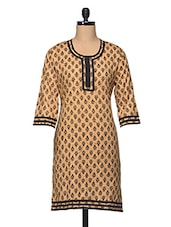 Round Neck Three Quarter Sleeve Printed Cotton Kurta - Enakshi