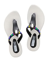 Synthetic Black Color Block Toe Separator Sandals - Yepme