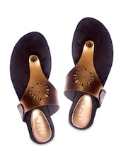 Golden Leatherette Toe Seperators Sandal - By