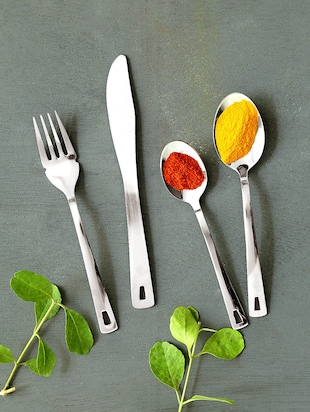 Silver stainless steel cutlery set of 25