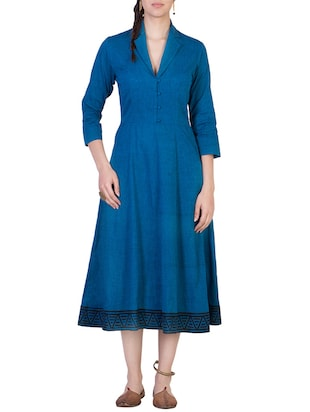 blue quarter sleeved cotton flared dress
